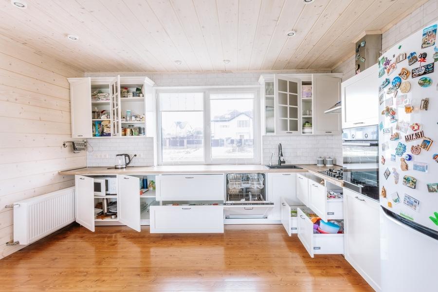 Белый кухонный гарнитур-Кухня МДФ в эмали «Модель 402»-фото3
