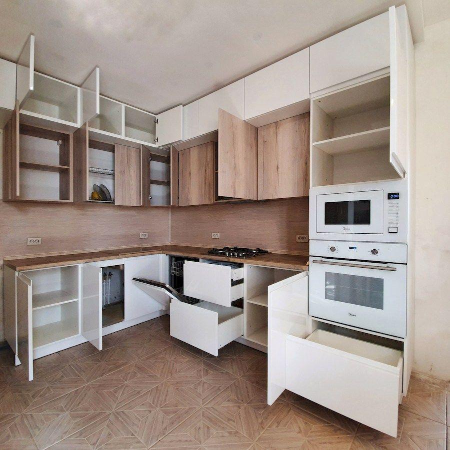 Белый кухонный гарнитур-Кухня МДФ в эмали «Модель 543»-фото4
